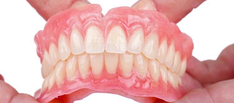 入れ歯が合わない~入れ歯・ブリッジ~